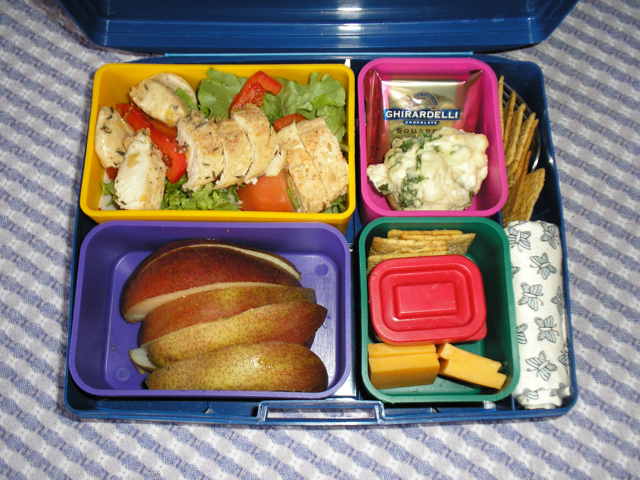 laptop lunchbox with lunch